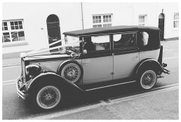 Wedding Photographer Cardiff - Vintage wedding car