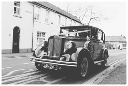 Wedding Photographer Cardiff - Vintage Wedding Car